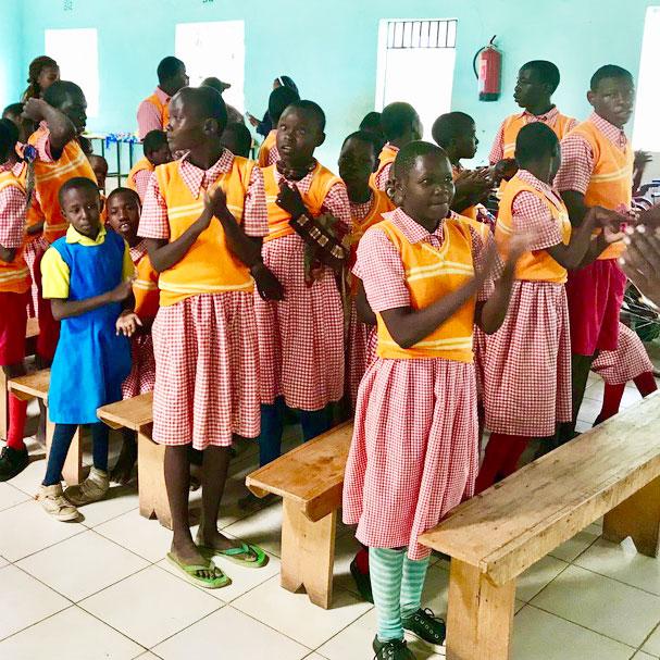Afrikanische Kinder in der Schule